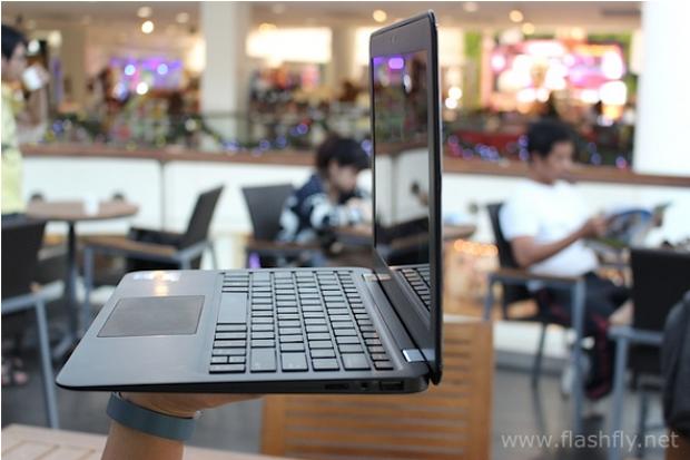 Review INHON Ultrabooks รุ่น Carbonbook 11.6 นิ้ว ที่บางและเบากว่า MacBook Air
