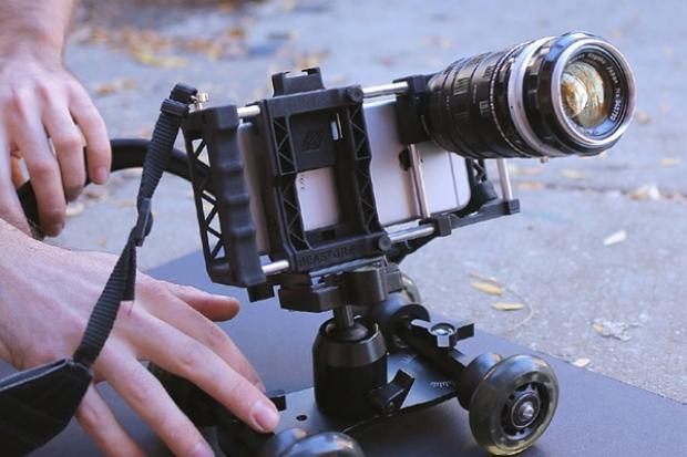 Beastgrip Pro อุปกรณ์เสริมที่สามารถเปลี่ยนสมาร์ทโฟน ให้กลายเป็นกล้องถ่ายวีดีโอระดับมือโปร