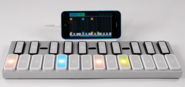 gTar คีย์บอร์ดฟังก์ชันเด่น เล่นดนตรีได้ สำหรับสมาร์ทโฟนระบบ IOS