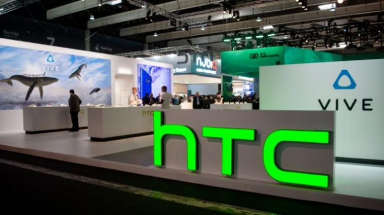 Google ทุ่มเงิน 1.1 พันล้านเหรียญดอลลาห์ ซื้อฝ่ายผลิตฮาร์ดแวร์ของบริษัท HTC