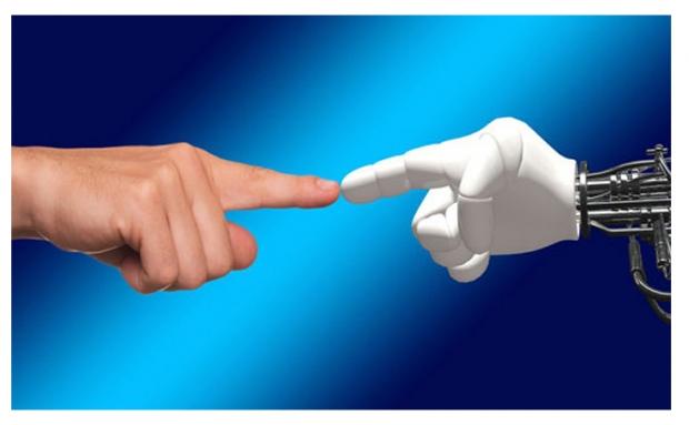 ARM Survey พบว่า หุ่นยนต์จะช่วยมนุษย์ทำงาน แต่ไม่ได้ทำงานแทนมนุษย์