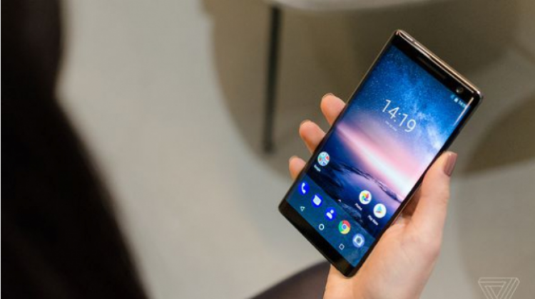 เปิดตัว Nokia 8 Sirocco ราคาพรีเมี่ยม และไร้ช่องเสียบหูฟัง