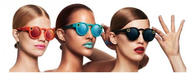 Snapchat แว่นกันแดดดีไซน์สุดชิคที่มีเลนส์กล้องติดอยู่กับแว่น