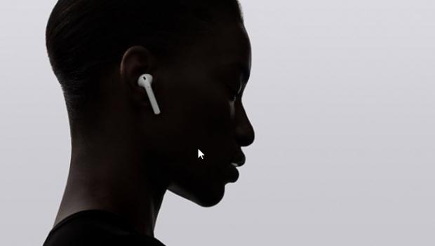 แอปเปิ้ลปลื้ม AirPods ทำยอดขายผ่านช่องทางออนไลน์ได้สูงที่สุดของตลาดหูฟังไร้สาย