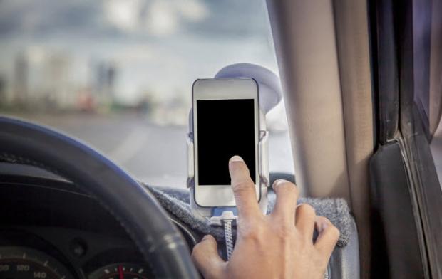 Apps สำหรับแปลงมือถือเป็นกล้องติดหน้ารถ