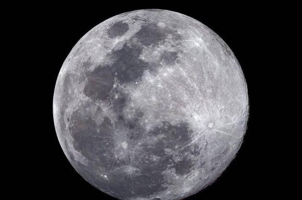 บลูมูน จันทร์เพ็ญคืนวันเข้าพรรษาปีนี้
